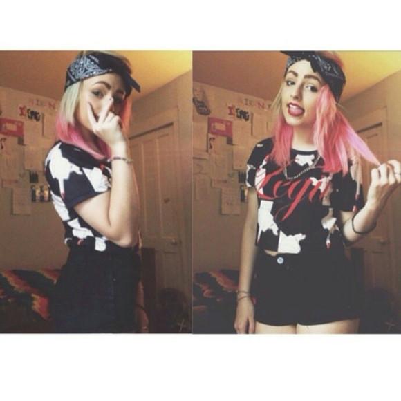 top t-shirt school girl rocker rocker chic lipstick nail polish middle finger legit teyana taylor make-up mac