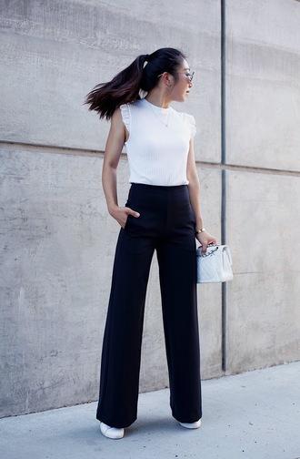 top black pants tumblr white top sleeveless sleeveless top pants wide-leg pants bag sneakers shoes