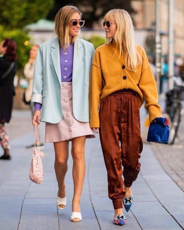 c1b69d7f1e4 bag clutch leather clutch mules mini skirt pants wool sweater oversized  blazer sunglasses button up sweater