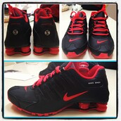 shoes,running shoes,red,black,nike shoes,athletic