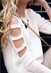 Crop sleeves sweater white