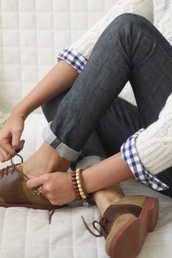 shoes,oxfords,tan,brown,flats,canvas,leather,faux leather,laces,lace up,classy,dressy