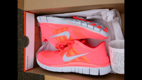shoes nike sneakers pink shoes running shoes pink nike running shoes run nike free run white