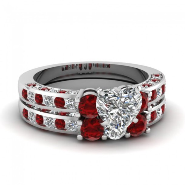Jewels Ring Evolees.com HEART SHAPED DIAMOND BRIDAL WEDDING RING SET WITH  RED RUBY SIDE