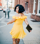 mimi & chichi blog,blogger,dress,jewels,bag,shoes,yellow dress,summer outfits,summer dress,clutch