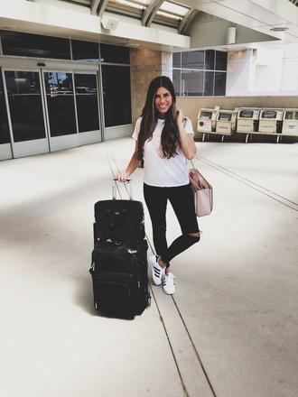 mint arrow blogger jeans shoes t-shirt bag adidas handbag nude bag skinny jeans black jeans