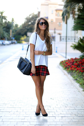 t-shirt shoes skirt bag sunglasses seams for a desire