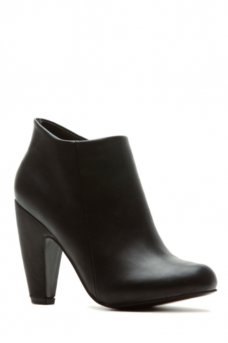 Black faux leather faux leather chunky ankle booties @ cicihot. booties spell style, so if you want to show what you're made of, pick up a pair. have fun experimenting with all we have to offer!