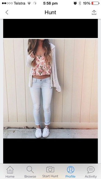 top vans little blue jeans floral teenagers jeans skinny jeans white vans jacket grey jacket