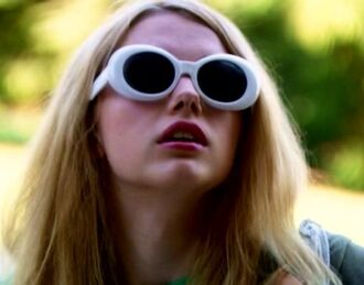 sunglasses cassie from skins white sunglasses pretty skins skins uk