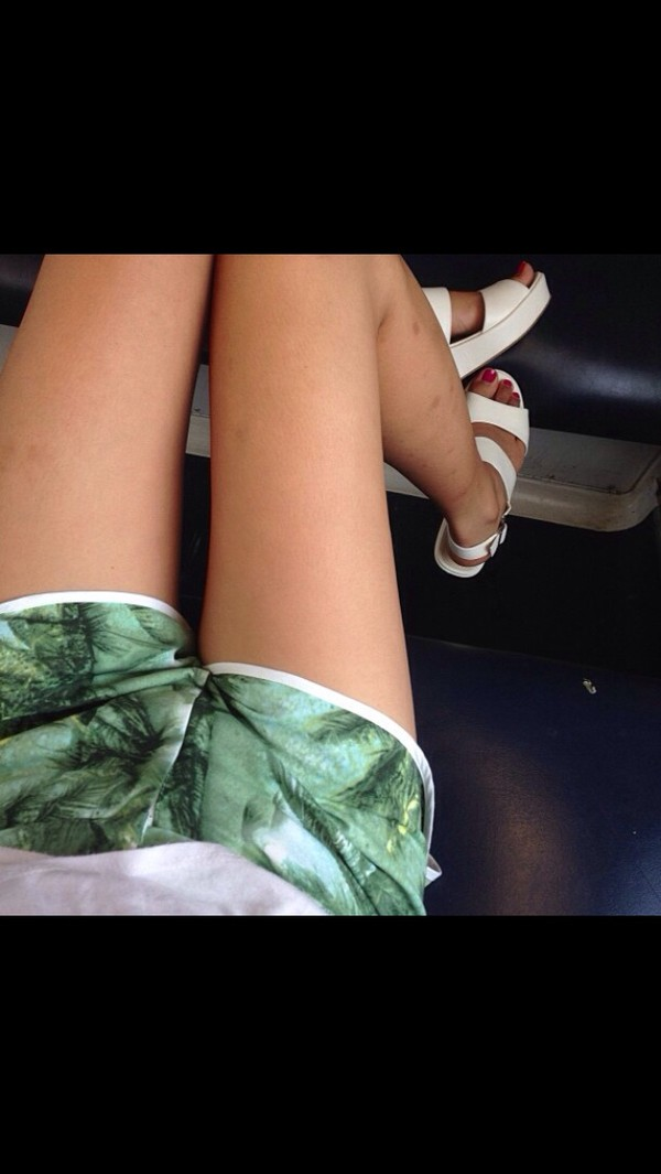 shoes white white shoes sandals shorts palms print dress floral forest green thin pattern tree cute summer tropical silk shorts summer outfits tumblr platform sandals tropical tropical print shorts jungle leaves palm tree print top soft grunge indie pale grunge t shirt. palm tree print