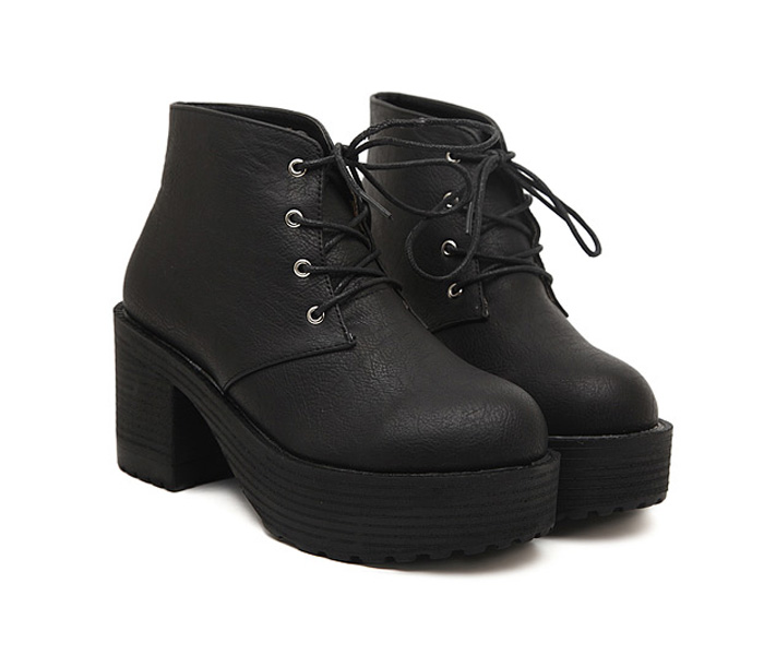 Wholesale Punk Style Women's Combat Boots With Chunky Heel and Round Toe Design (BLACK,39), Boots - Rosewholesale.com