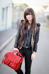 betty,red bag,bag,satchel