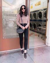 top,blouse,stripes,jeans,black jeans,skinny jeans,sneakers,shoulder bag,sunglasses
