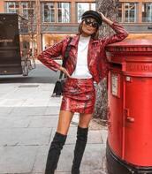 skirt,knee high boots,mini skirt,jacket,snake print,white sweater,black bag,beret