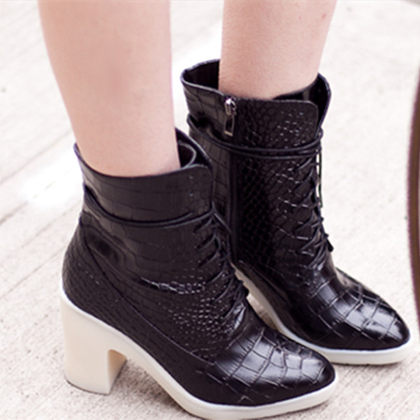 Crocodile Lace Up Ankle Boots in Black | Choies