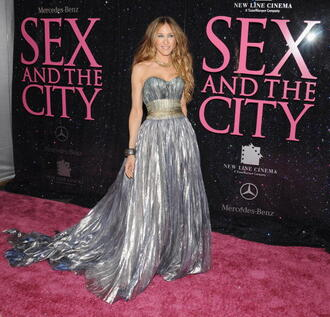 sex and the city carrie bradshaw sarah jessica parker grey dress bag jewels dress