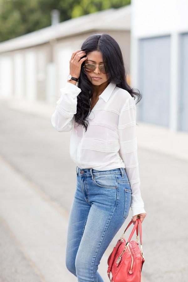 walk in wonderland t-shirt jeans shoes bag jewels sunglasses