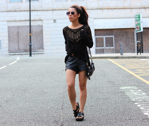 article 21 top shorts bag sunglasses shoes