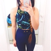 pants,high waisted jeans,jeans,tank top,floral tank top,blouse