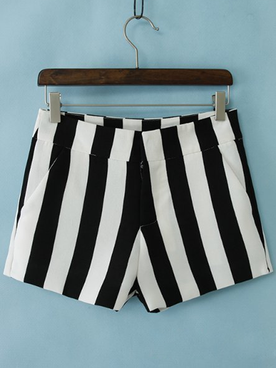 Black and white striped low waist size short pants