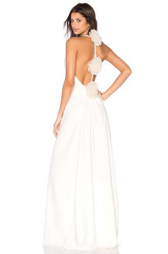 gown cream