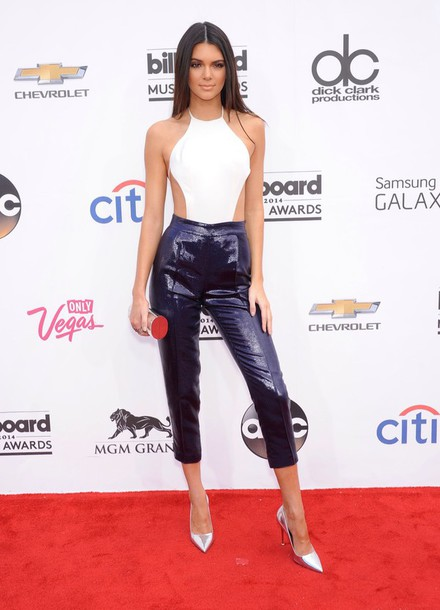 top cut ou white white top open back kendall jenner billboard music awards