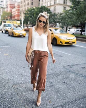 pants tumblr cropped pants culottes velvet cropped velvet pants velvet pants top white top pumps pointed toe pumps office outfits