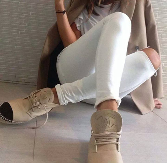 shoes beige chanel black espadrilles