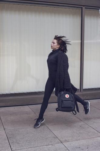 danny rose blogger fluffy backpack