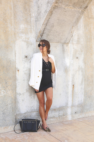 seams for a desire blogger jacket dress bag sunglasses