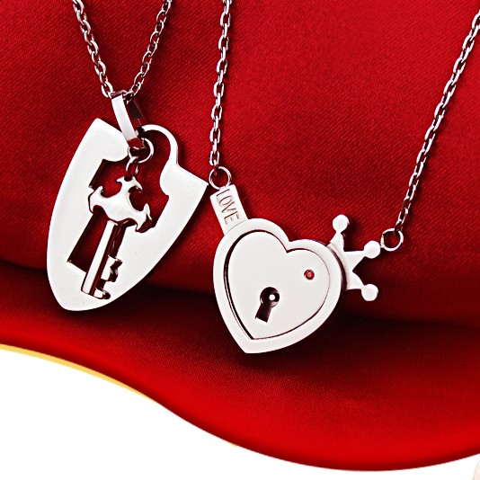 Engraved Real Lock And Key Heart Lovers Matching Necklaces