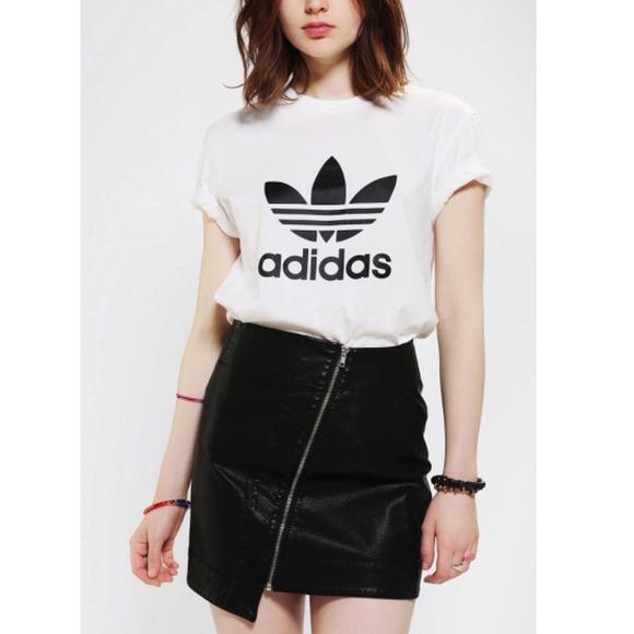 Adidas Donne T - Comprare Shirt, Adidas Negozio Online Comprare - Adidas 3a5fa1
