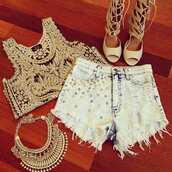 shorts,necklace,shirt,shoes,jewels,statement necklace,denim shorts,gold,top,boho,gypsy,tank top,crochet top,lace top