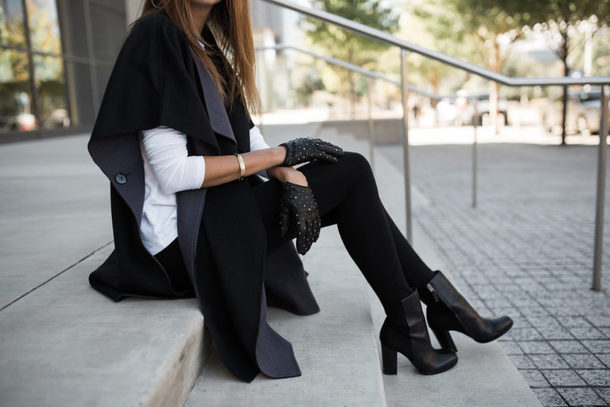 themilleraffect blogger bag gloves leggings jewels fall outfits ankle boots black boots cardigan