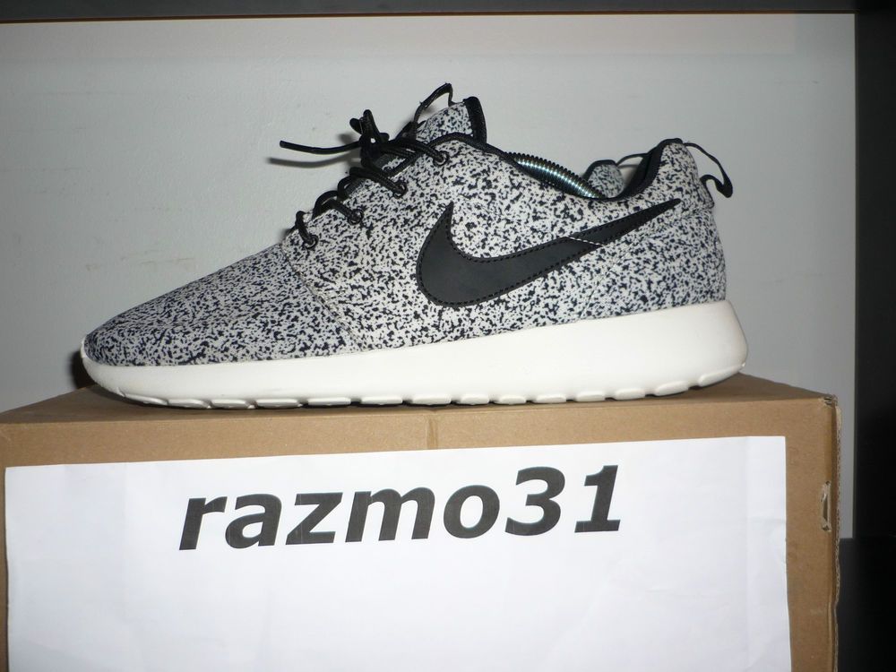 Nike Wmns Roshe Run Black Sail Oreo Size US11 UK8 5 EU43 Rosherun Air Max RARE | eBay