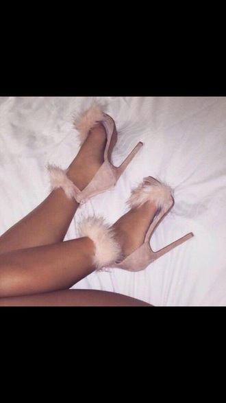 shoes nude pink