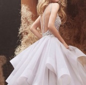 prom dress,prom,white dress,straps,white,wedding,corset,puffy,runway,beaded,gorgeous,ariana grande,fashion,strappy,couture dress,fairy tale,dress,hayley paige,dori,ivory,ball gown dress,halter neck,horsehair,tulle skirt,corset bodice,flounced skirt,chapel train,alabaster,cashmere,princess dress