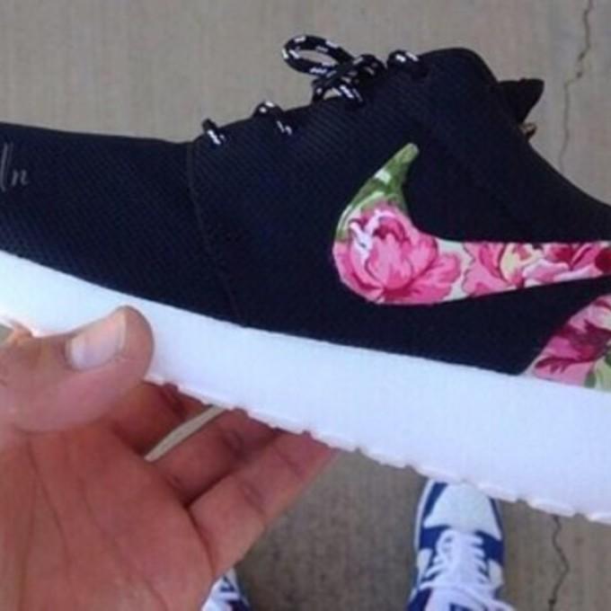 Shoes Nike Womens Coral Shoes Roshe Runs Floral Print Nike Roshe Run