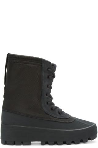 big sale 96231 29d86 YEEZY Season 1 - Black YEEZY 950 Boots