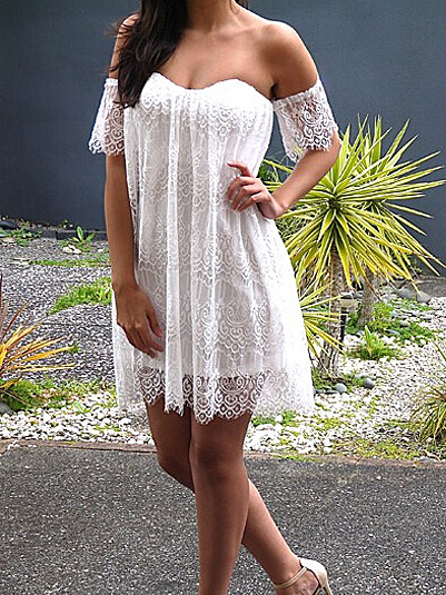 Sexy white boat neck off shoulder short sleeve lace shift dress