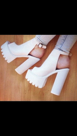 shoes white shoes sandals white chunky heel shoes jellies