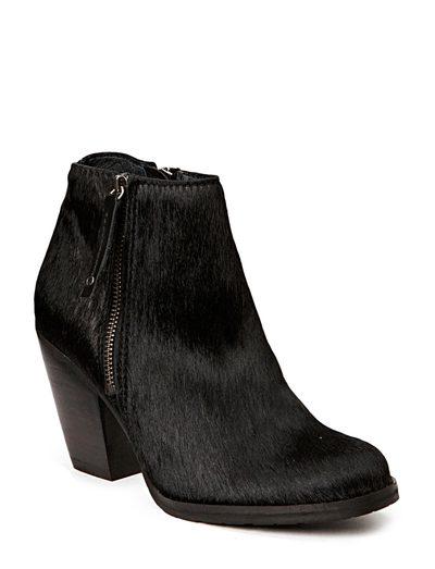 Gardenia Short Boot (Black) - Køb og shop online hos Boozt.com