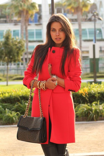 Winter coat red – Novelties of modern fashion photo blog