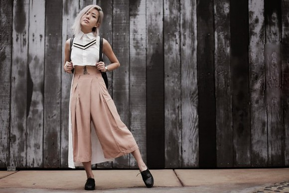 cropped sunglasses jewels feral creature blogger white shirt camel pants cropped pants