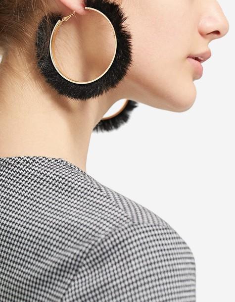 Stradivarius fur faux fur earrings hoop earrings black jewels
