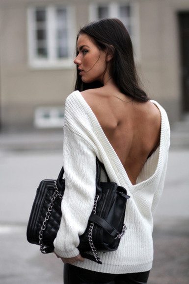 backless open back sweater white bag