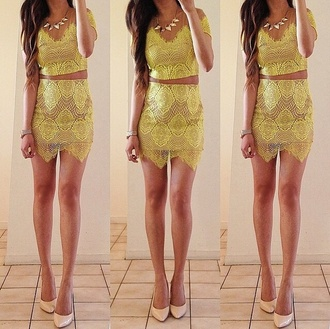 skirt yellow two-piece crop tops embrodering crop tops nude shoes