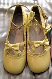 shoes,bodyline,kawaii,lolita,japan,japanese,fairy,yellow,yellow shoes,mary janes,mary jane shoes,pastel,pastel shoes,bow