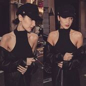 top,bella hadid,crop tops,ribbed crop top,ribbed top,black ripped crop top,black top,black,ribbed knit,angl